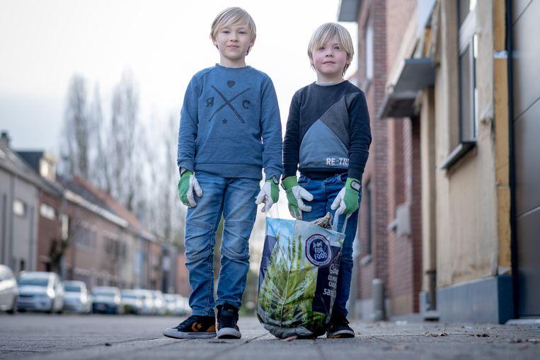 MECHELEN Matis en Ramses Claes verzamelden een zak vol zwerfvuil in hun buurt