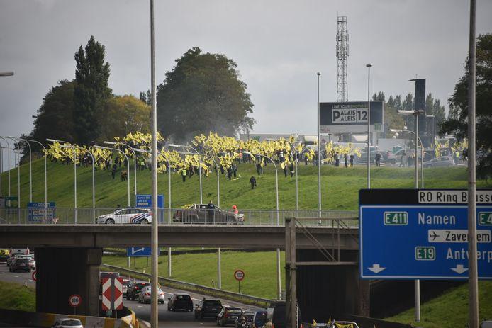 Vlaams Belang autorit naar Brussel tegen de Vivaldi regering