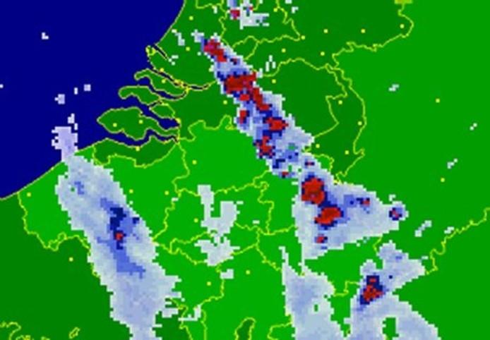 noodweer trekt over deel brabant | oosterhout | bndestem.nl