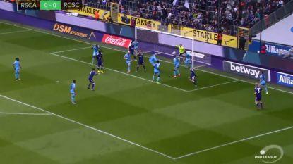VIDEO: Anderlecht wint op eigen veld verdiend van zwak Charleroi en nadert tot op vijf punten van Club