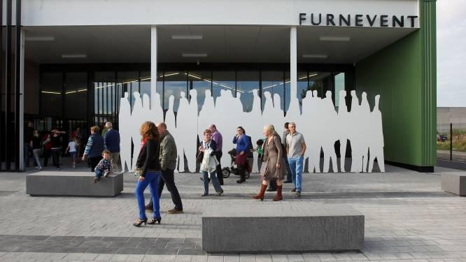Opbouw vaccinatiecentrum in Furnevent start eind deze week: zo word je vrijwilliger en raak je aan coronaprik
