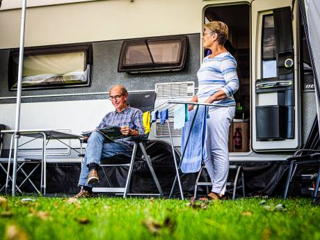 Nederlanders vieren vakantie in de Hoeksche Waard: 'Zelfs mensen uit Oud-Beijerland kamperen hier'