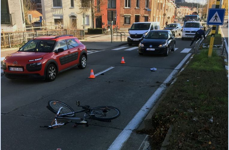 Ongeval met fietser in Leuven. Foto Leuvense Vestencomité.