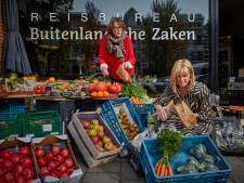 Reisexpert Joke gooit het over andere boeg: 'Na de zoveelste geannuleerde reis zijn we asperges gaan verkopen'
