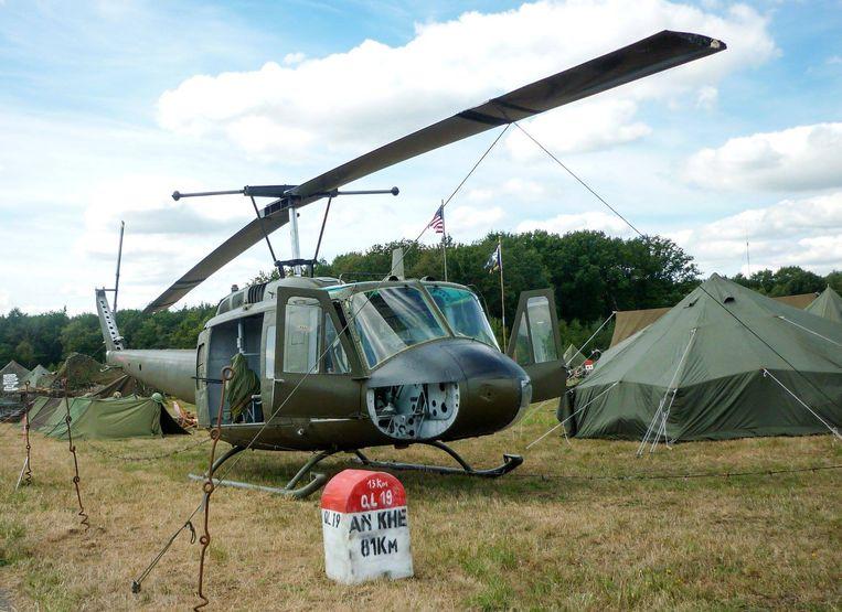 Filip neemt de onafgewerkte helikopter ook mee naar allerlei shows om te tonen aan het publiek.
