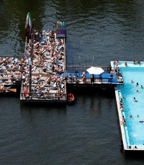 'Een drijvend buitenzwembad ín de Piushaven? Dat moet lukken'