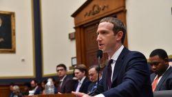 """Zuckerberg noemt Facebook """"trots Amerikaanse bedrijf"""" in vrijgegeven verklaring voor hoorzitting Congres"""