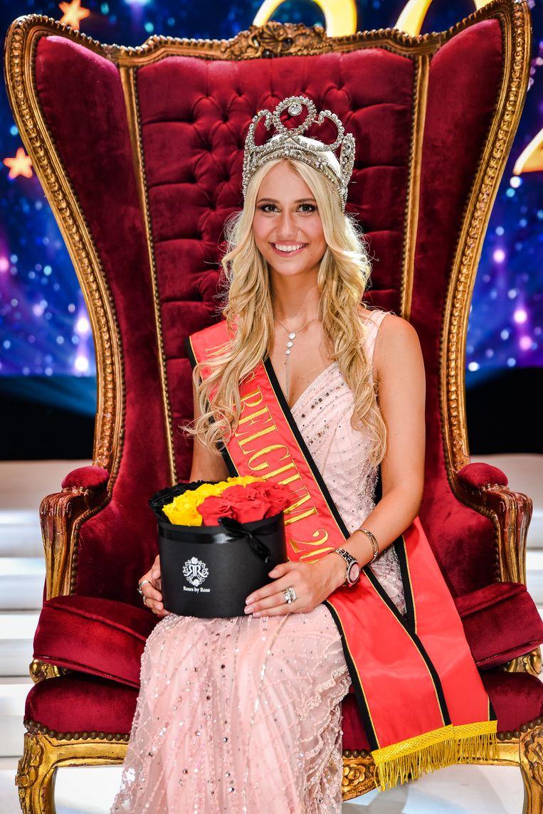 Celine Van Ouytsel is al de zevende Vlaamse miss op rij. En dat pikken ze niet in Wallonië.