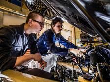 Opleiding autotechniek Aventus levert 'monteur van de toekomst' af