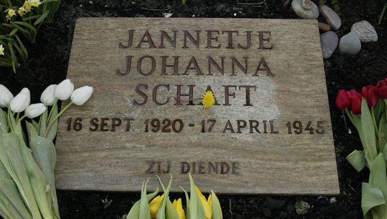 Het graf van Hannie Schaft, in de Kennemerduinen Beeld ANP