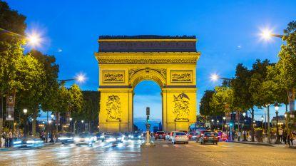 """""""Horloge werd van pols gerukt nabij Champs-Élysées, daarna moest ik klappen incasseren"""""""