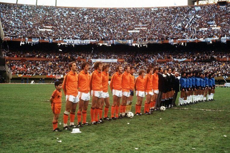 Het Nederlands elftal in 1978 voor aanvang van de finale tegen Argentinië. © ANP Beeld