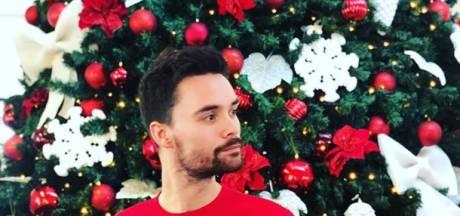 Domien heeft de ideale foute kersttrui en Marc van der Linden spiekt bij het nieuwe huis van de Koning