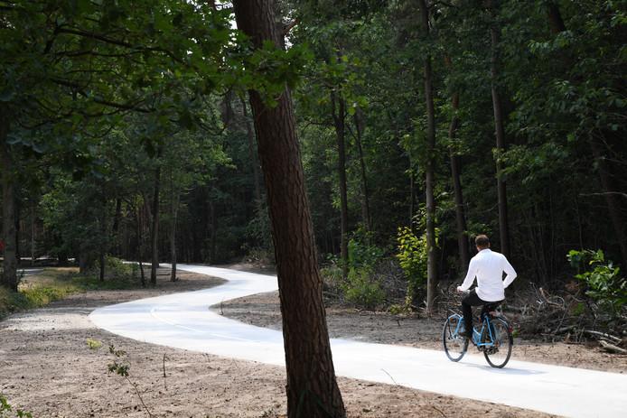 Verlichting van fietspad naar Dorst wordt aangepakt | Oosterhout ...