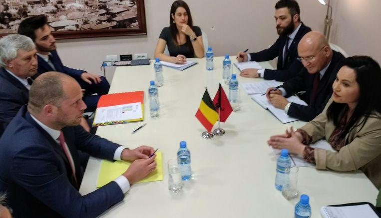 Francken had onder meer een ontmoeting met de vice-minister van Buitenlandse Zaken Rovena Voda (r.).