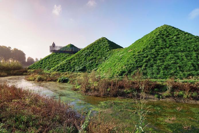 Door het groene dak valt het museum weg tegen het landschap