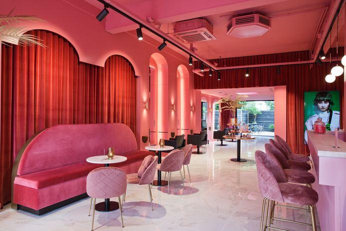 """Het interieur van Velvet Monkey: """"Het roze concept is gewaagd."""""""