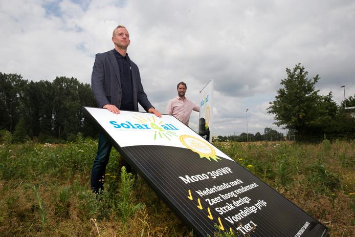 Sjoerd Ars en Robby Welling gaan in zonnepanelen.