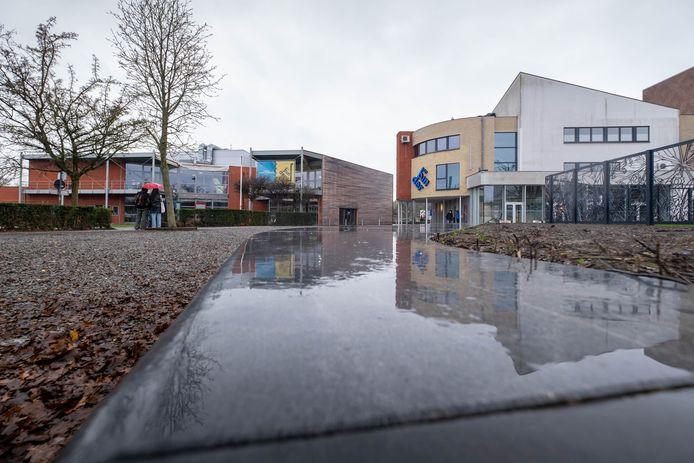 Een deel van de Sport- en Evenementenhal wordt afgebroken om plaats te maken voor het nieuwe gemeentehuis