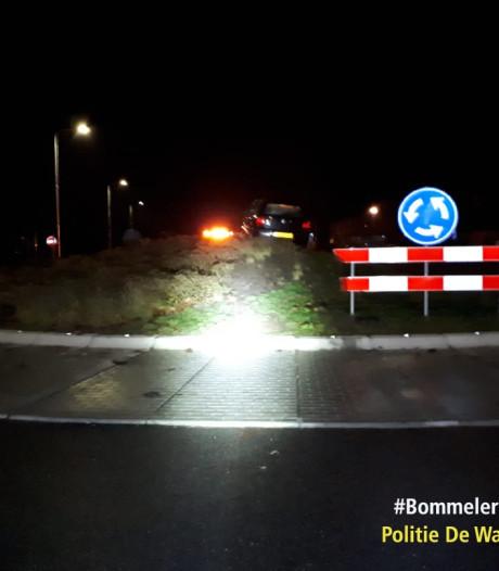 Mogelijk ernstig ongeluk voorkomen op rotonde in Maasdriel: paal pas sinds dodelijk ongeval eind oktober weg