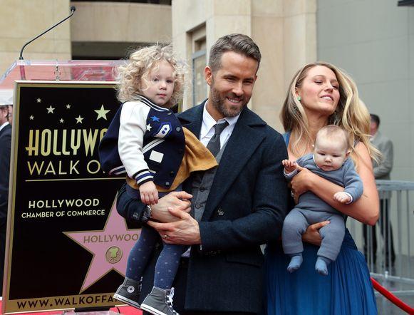 Ryan en Blake hebben al twee dochters, maar die proberen ze zoveel mogelijk uit de spotlights te houden.