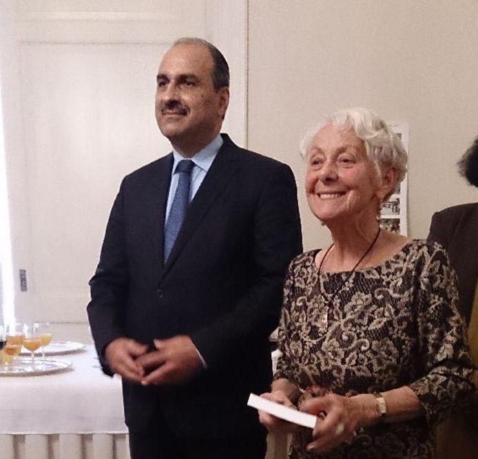 Els Bruëns en de Tunesische ambassadeur Ben Becher bij de presentatie van het boek 'This is it'.