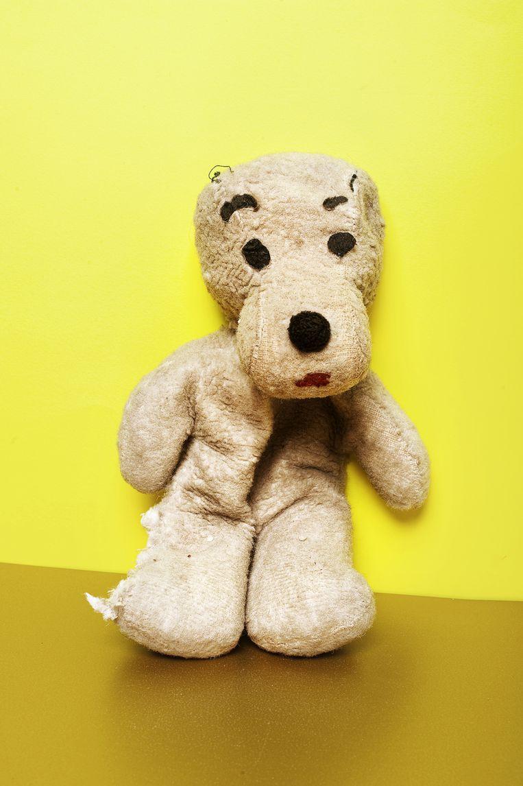 Snoopy 1. Leeftijd:42 Lengte: 24 Knuffel van: Els Zweerink (43), fotograaf van deze serie. Beeld Els Zweerink