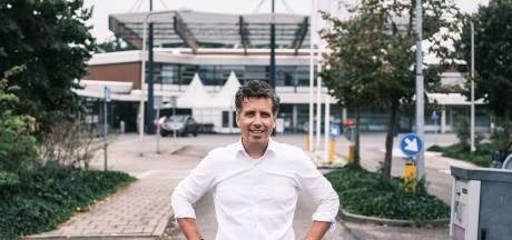 Hendrik Jan Mensink krijgt erepenning Winterswijk voor inzet behoud SKB