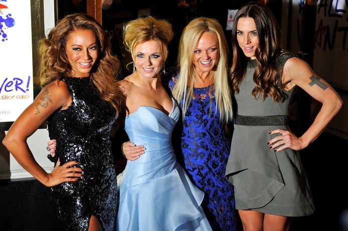 De nieuwe samenstelling van de Spice Girls: Melanie Brown, Geri Halliwell, Emma Bunton en Melanie Chisholm.