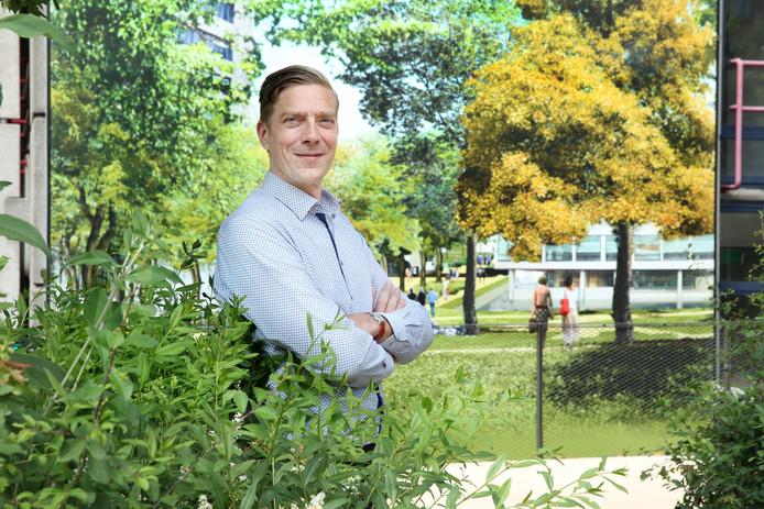 Derk Loorbach: ,,Het leven is voor veel arme mensen in Rotterdam een hele opgave.''