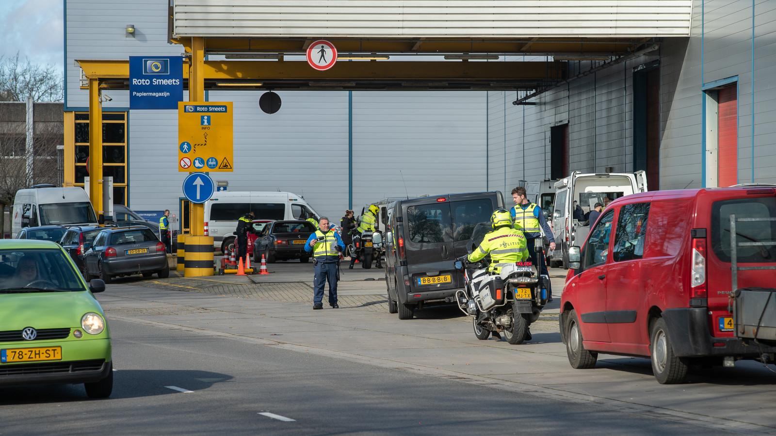 Grote verkeerscontrole in Deventer.