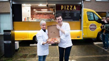 """Aartselaars koppel trekt de baan op met pizzafoodtruck: """"Opleiding tot pizzabakker gevolgd in Firenze"""""""