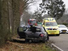 Siebengewaldseweg afgesloten na ongeluk auto en tractor