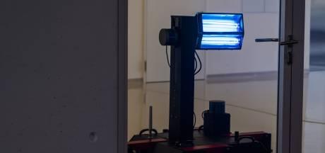 Signify heeft 'superontsmetter' tegen coronavirus: 'Door UV-licht is de ruimte binnen een halve minuut virusvrij'