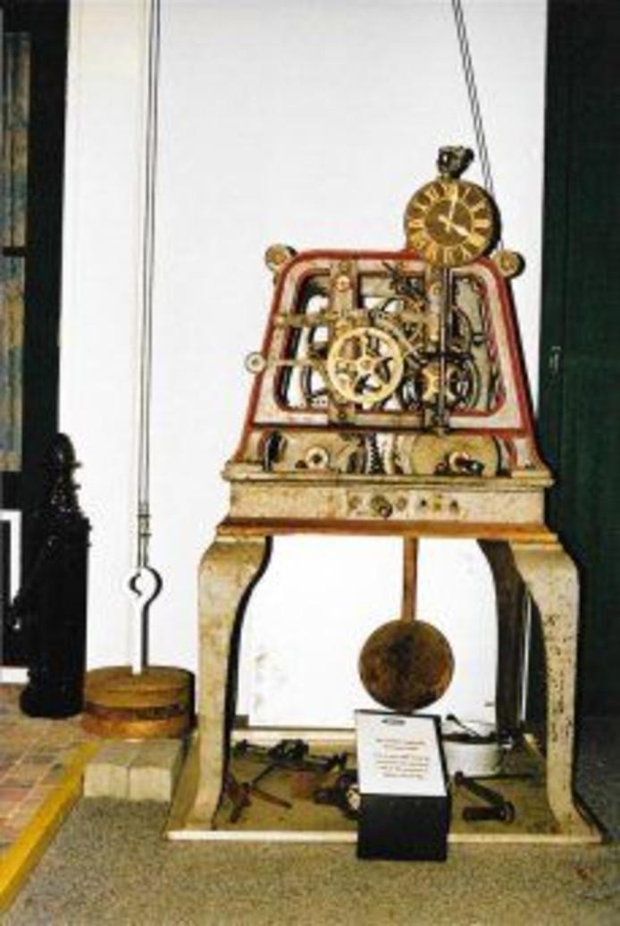Het uurwerk dat terugkeert in de Adventskerk