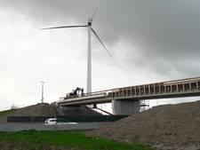 Vertraging door werk aan viaduct Tractaatweg