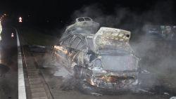 Wagen brandt uit op weg naar het werk