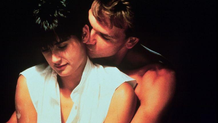 Demi Moore en Patrick Swayze in de film Ghost. © ANP Beeld
