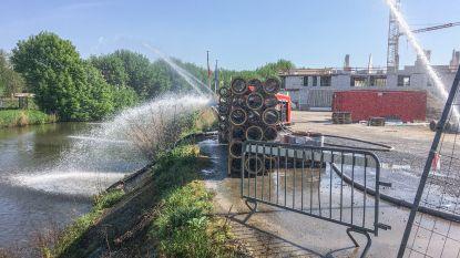Brandweer en Civiele Bescherming zetten extra pompen bij om massale vissterfte in Schelde te voorkomen na zware vervuiling