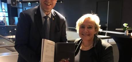 Minister Bijleveld kan nu ook Zeeuws-Vlaams koken