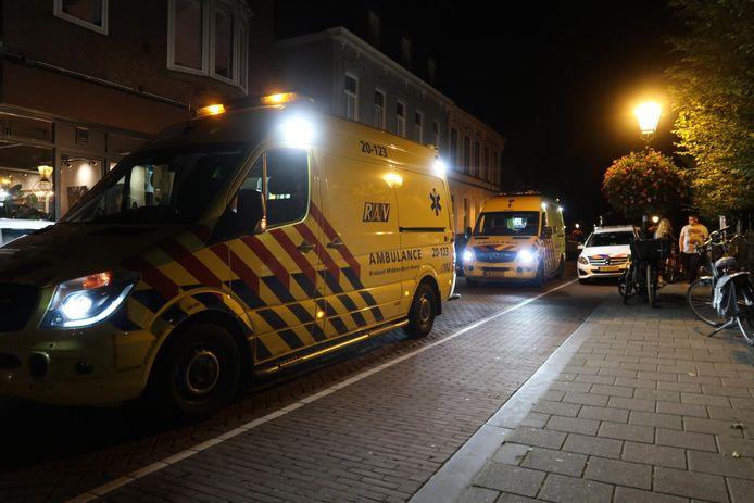 Het slachtoffer is naar het ziekenhuis gebracht.