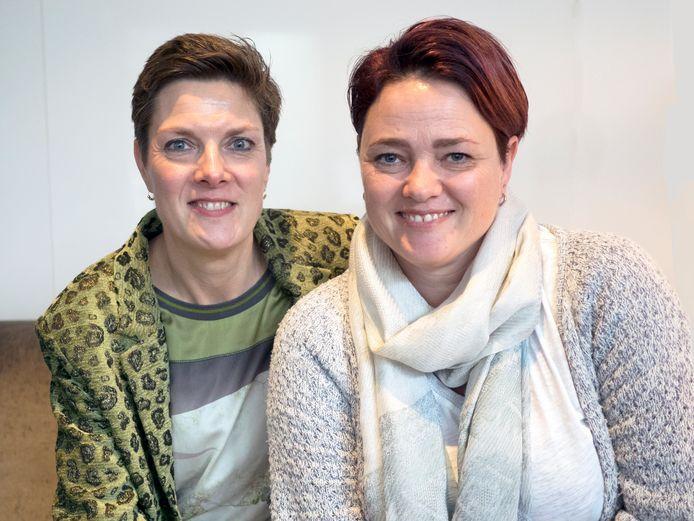 Angelique Roodenburg (links) en Nathalie Damman.