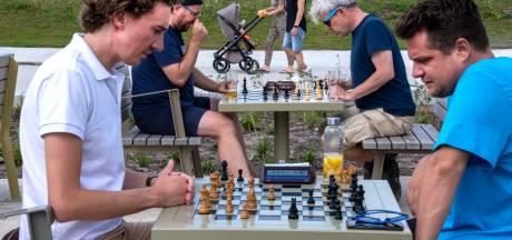 Spoorpark slaat aan als schaakpark: 'Bijna iedereen kent de regels wel'