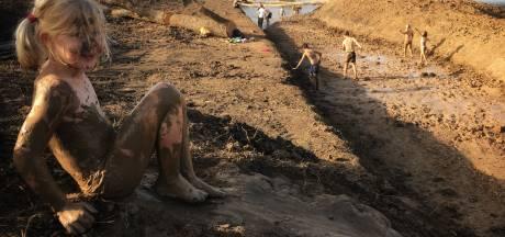 Kinderen in De Hoven krijgen een natuurspeelplaats