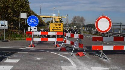 """Volgende week akkoord over herstel Westkade in Sas van Gent: """"Weg ten vroegste open eind 2020"""""""