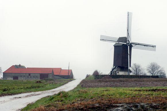 Archiefbeeld - De Bossenaarmolen in Maarkedal.
