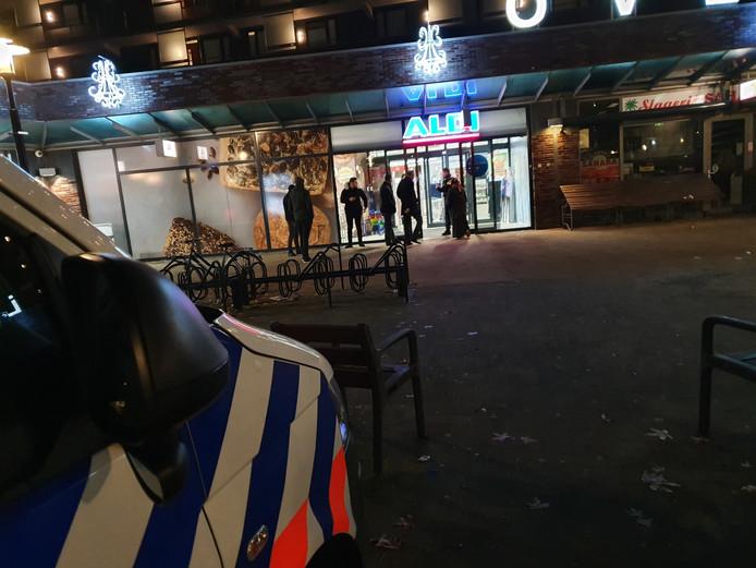 Rond 18:30 kwam de melding binnen dat de Aldi in de Utrechtse wijk Overvecht was overvallen.