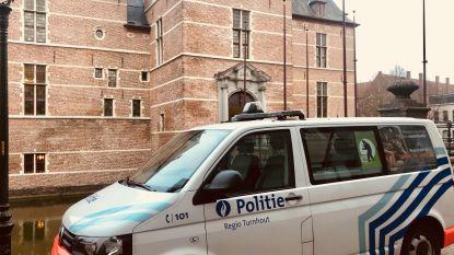 Nederlanders die slachtoffer met mes op de keel afpersten, moeten naar de cel
