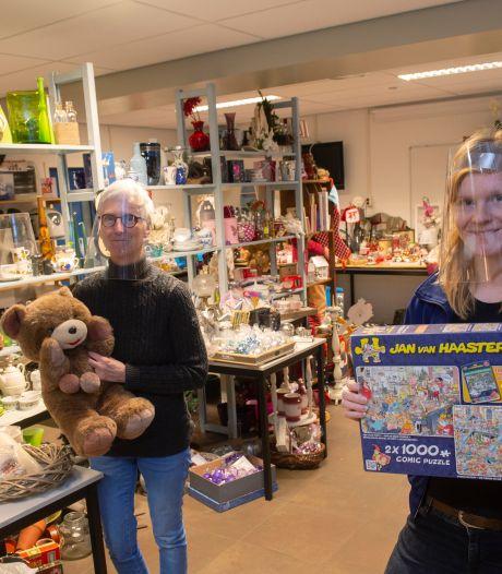 Ugchelen heeft sinds kort een nieuwe pop-upwinkel: 'Mensen komen voor een praatje of een puzzel'