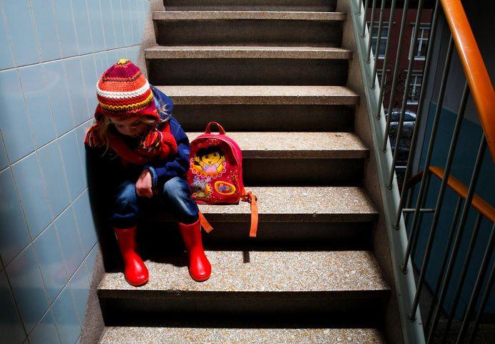 Hoogbegaafde kinderen lopen vaak vast op scholen. Jurist Fleur Terpstra spant een zaak aan bij het College voor de Rechten van de Mens om deze kinderen een speciale plek in het onderwijssysteem te geven.